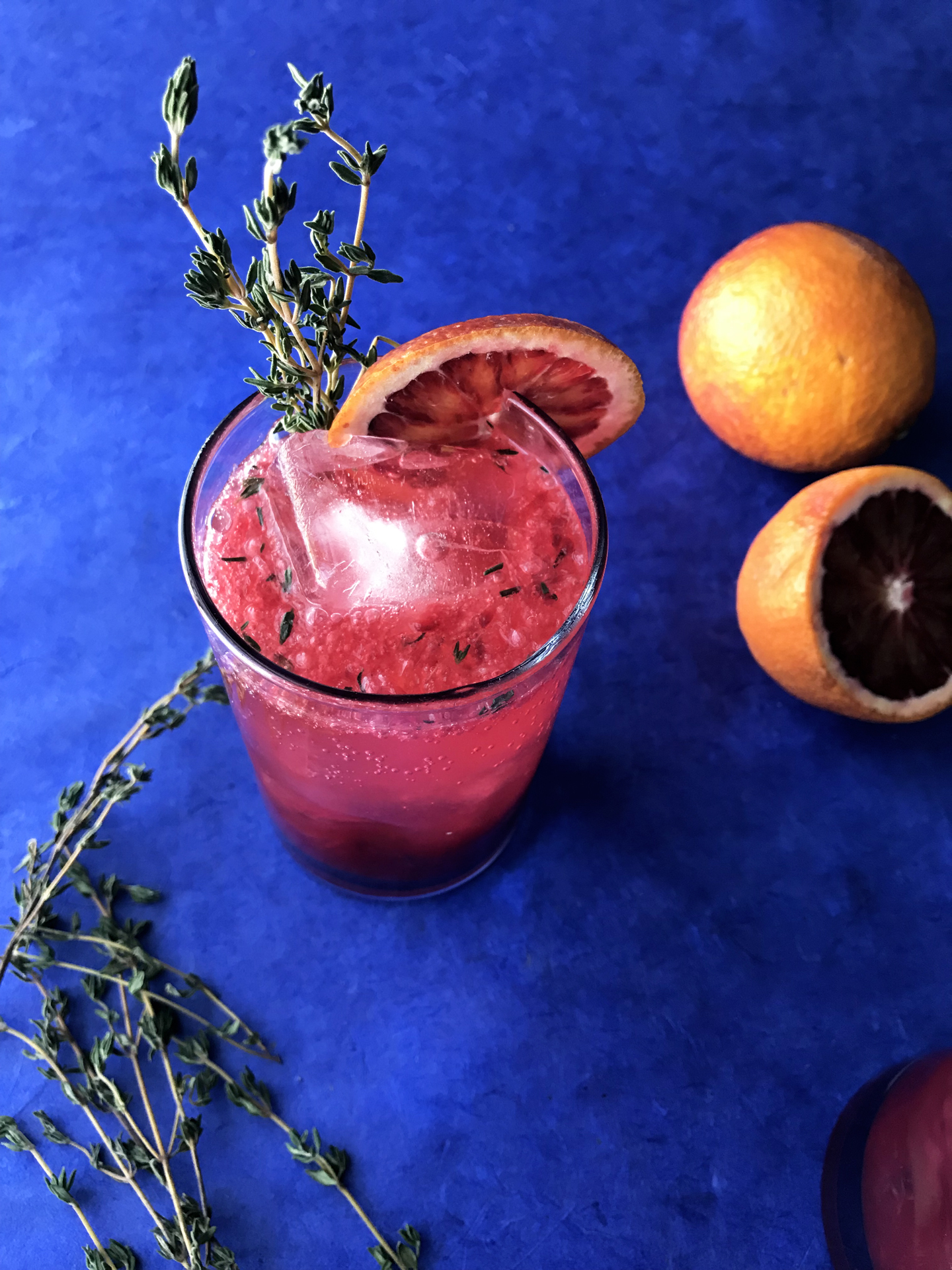 blood orange thyme fizz